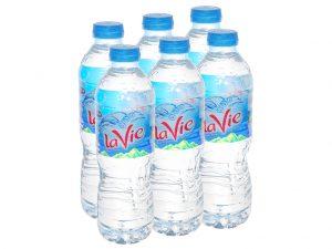 Để dán nhãn chai nhựa nhiều Doanh Nghiệp đã lựa chọn sử dụng keo hotmelt